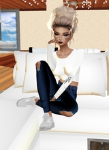 Guest_Emmadollystyle141